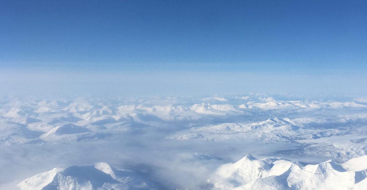 Flyg över snötäckta bild ger julkänsla!